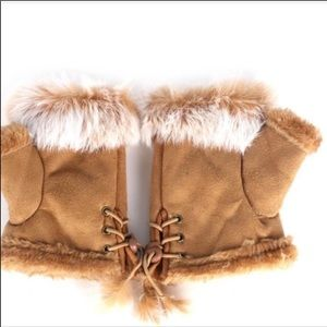 Accessories - NEW Fingerless Tan Faux Fur Leather Mittens Gloves